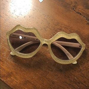 GapKids x kate spade gold sparkle lips sunglasses